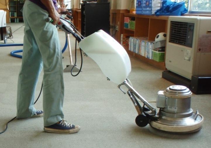 ビル・事務所の床清掃のイメージ