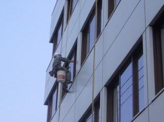 ガラス清掃・外壁清掃のイメージ